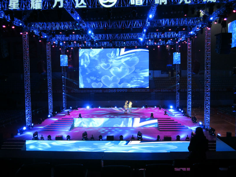 led screen rental dubai